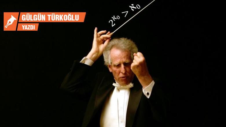 YÖK Başkanı'na müzik dersi